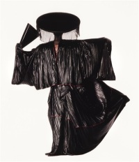 irving-penn-issey-miyake-design-with-black-fan-(new-york)