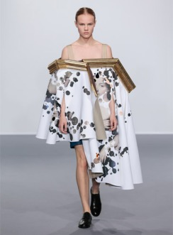 Viktor-Rolf-AW15_Wearable-Art-collection_dezeen_468_9