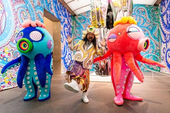 takashi-murakami-octopus-eats-its-own-leg-interview-feature